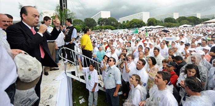 Mobilização pelo Código Florestal reúne mais de 20 mil produtores rurais em Brasília - maio 2011.
