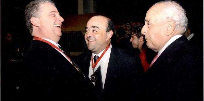 Recebendo a Medalha da Ordem do Mérito Legislativo de Minas Gerais - 28/09/2015
