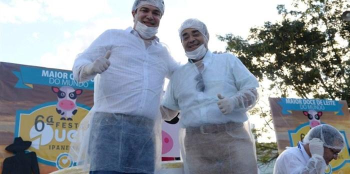 Secretário Bernardo Santana e Prefeito de Ipanema,MG, Júlio Fontoura - Festa do Queijo 2015