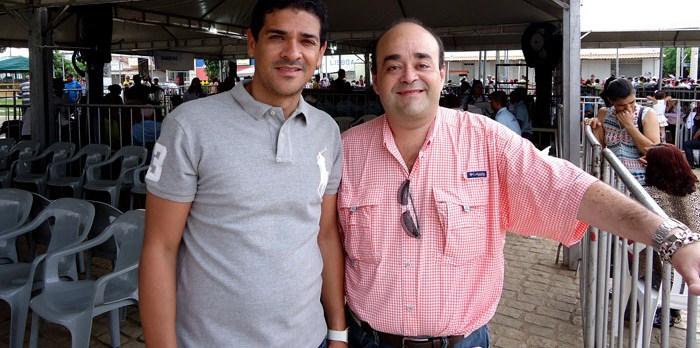 Bernardo Santana e o prefeito Danilo visitam o Programa Ver Minas, no município de Taiobeira. - jan. 2014.
