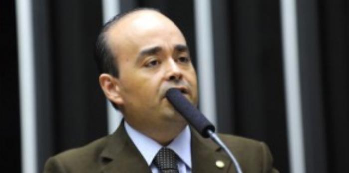 Comissão analisa PEC de autoria do deputado Bernardo Santana