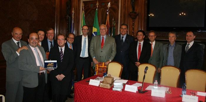 Deputado Bernardo Santana representa Câmara Brasileira em Conselho Regional do Vêneto, Itália
