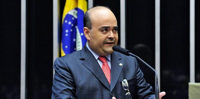 Promulgada Lei que regulamenta a Carreira de Delegados com Emenda do Deputado Bernardo Santana