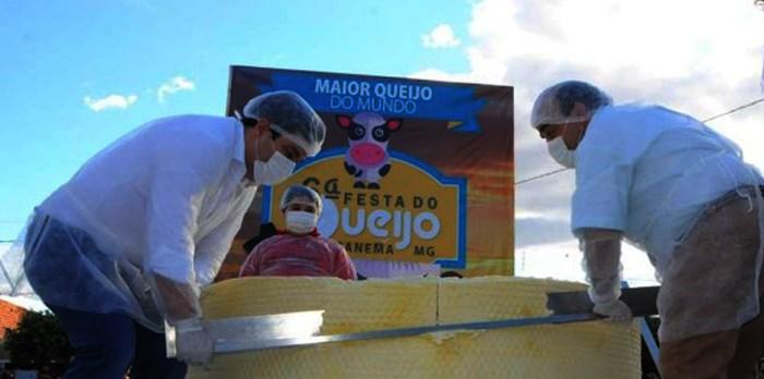 Secretário Bernardo Santana participa da tradicional Festa do Queijo em Ipanema - MG