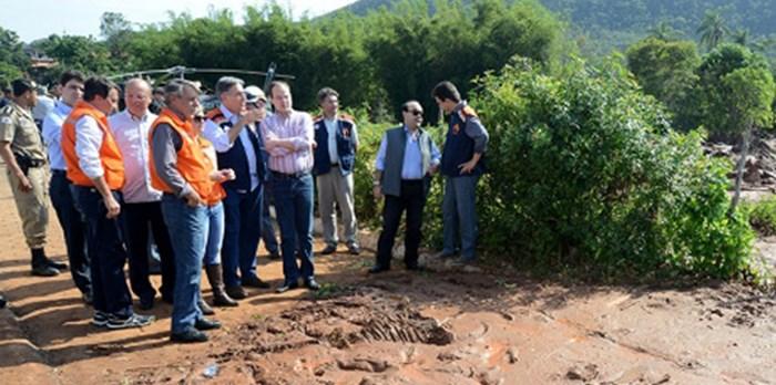 Governo de Minas une esforços para ajudar população de Bento Rodrigues e região